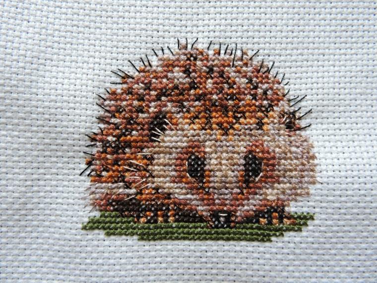 Hedgehog cross stich