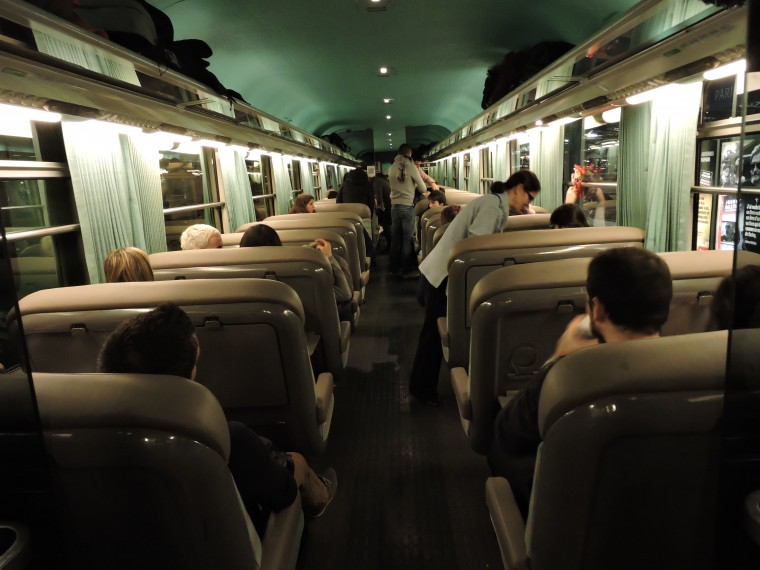 S'occuper dans le train