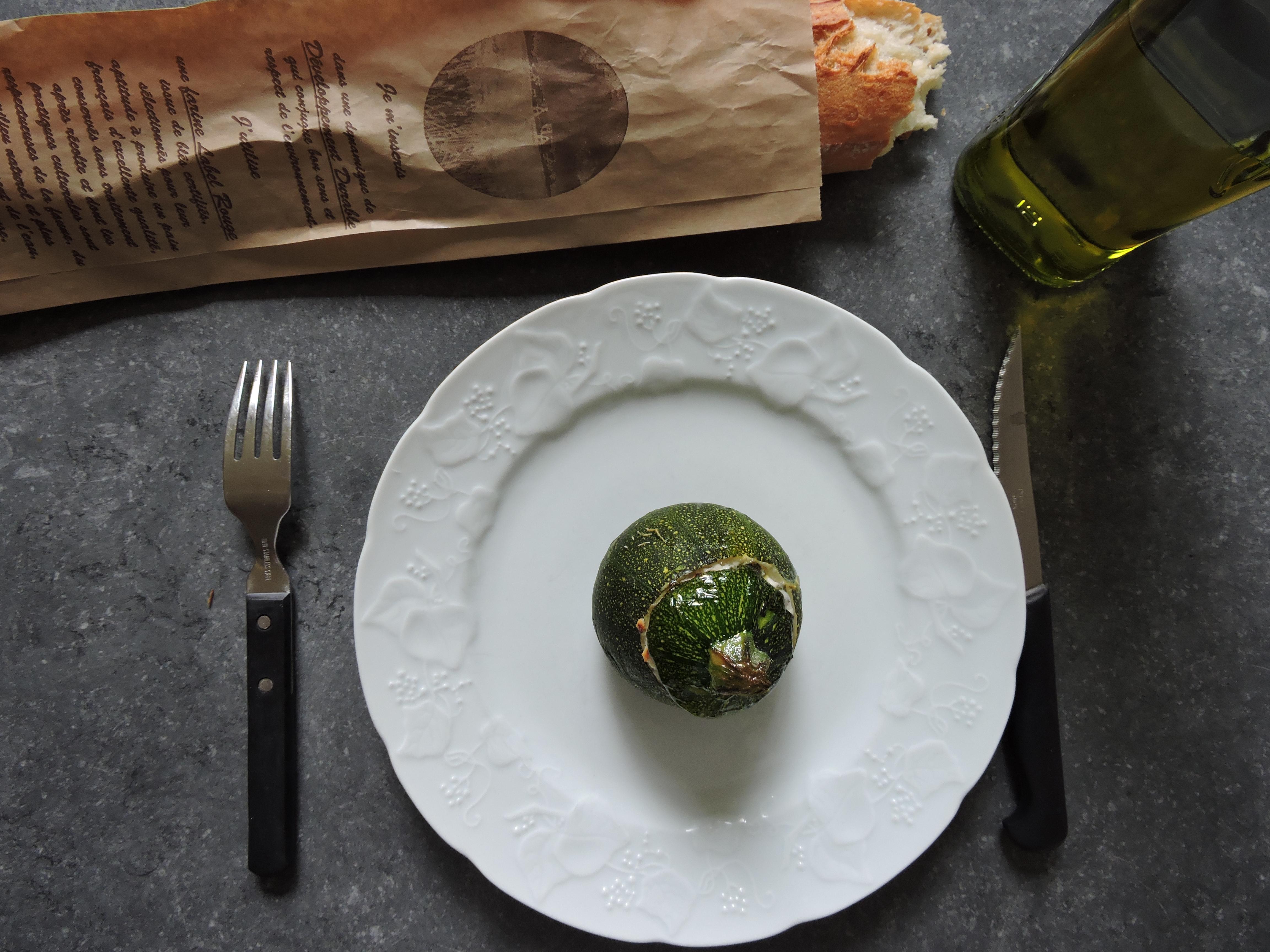 Recette de courgettes rondes farcies sans viande - The ...